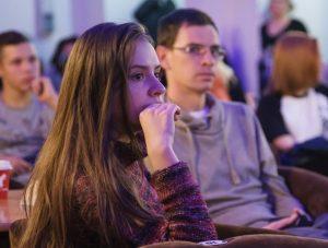 Любой желающий сможет прочитать свои любимые стихи. Фото: mos.ru