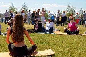Проект «Йога в парках» запустят в «Музеоне». Фото: Анна Быкова