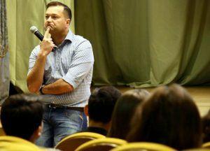 Сотрудники Музея «Гараж» провели лекцию. Сергей Шахиджанян, «Вечерняя Москва»