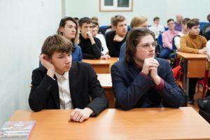 Ребята из районной школы встретились с ученым. Фото: Денис Кондратьев