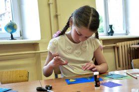 Мастер-класс по оригами провели в детской библиотеке. Фото: Пелагия Замятина, «Вечерняя Москва»