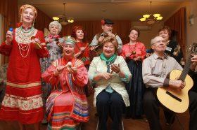 Онлайн-концерт проведут для жителей района сотрудники центра социального обслуживания. Фото: Наталия Нечаева, «Вечерняя Москва»