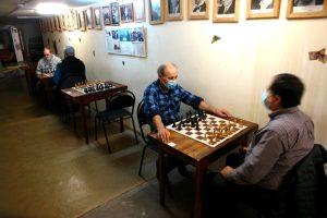 Шахматный турнир организовали в клубе района. Фото предоставили в Шахматно-шашечном клубе «Октябрьский»